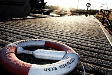 life buoy wallpaper